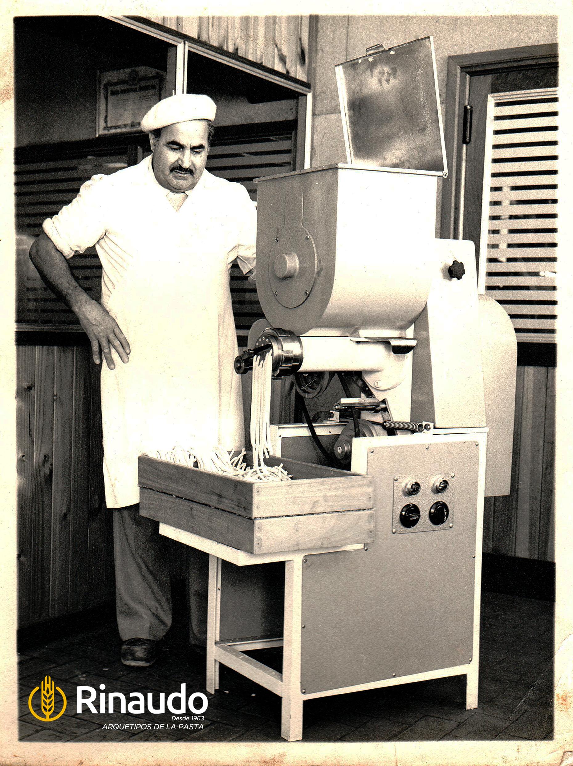 Martin y la primera maquina Rinaudo PEP50